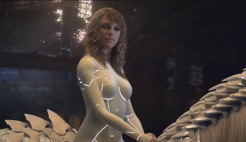 """Taylor Swift zaprezentowała teledysk do utworu """"Ready for It?"""". Piosenka zwiastuje najnowszy album amerykańskiej wokalistki, który ukaże się 10 listopada."""