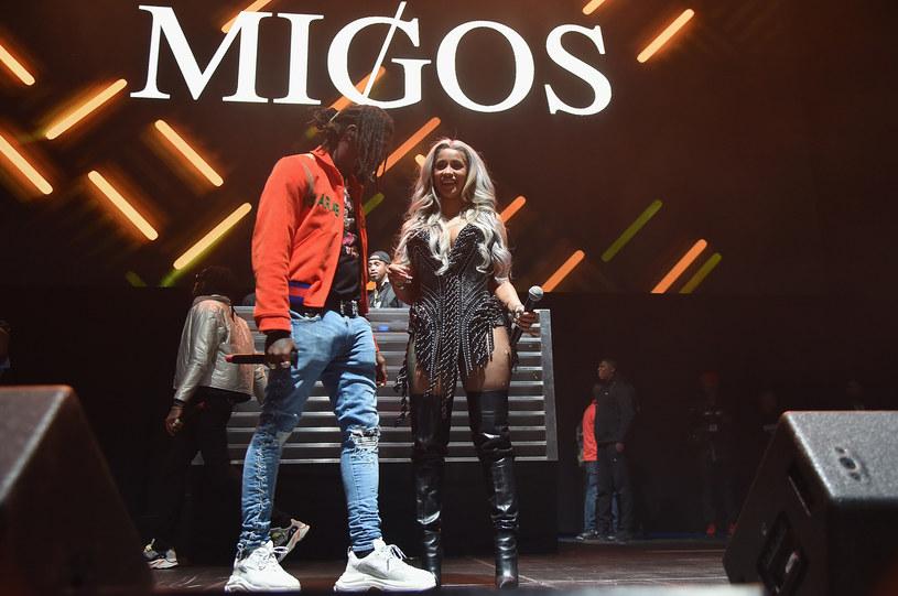 Takiego zachowania swojego chłopaka popularna raperka na pewno się nie spodziewała. Offset ze składu Migos oświadczył się jej w trakcie koncertu.
