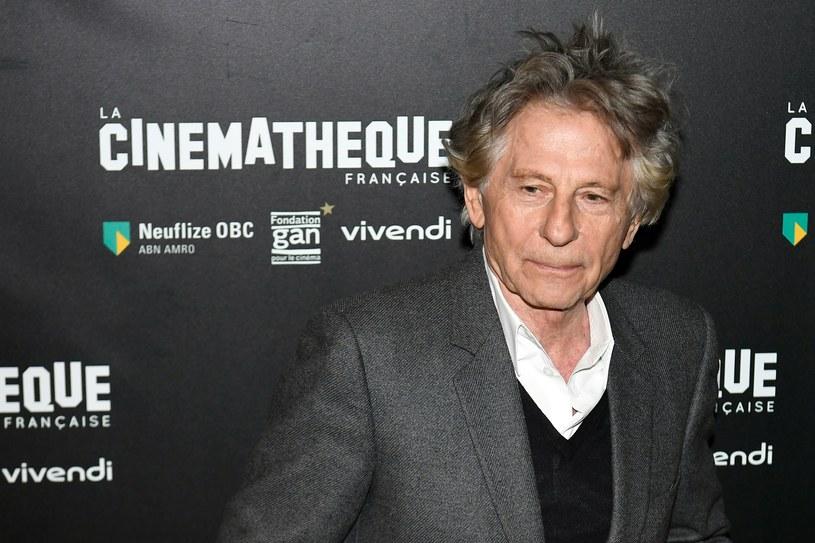 Niewielka, ale bardzo głośna demonstracja odbyła się w poniedziałek, 30 października, późnym wieczorem w Paryżu przeciwko Romanowi Polańskiemu i rozpoczynającej się w Cinematheque Francaise retrospektywie jego filmów.