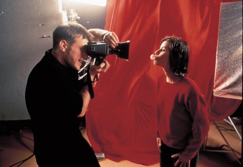 """Listę 50 najlepszych filmów wszech czasów opublikował jeden z najważniejszych portali z recenzjami filmowymi. Na drugim miejscu zestawienia znalazł się film Krzysztofa Kieślowskiego """"Trzy kolory: czerwony""""."""