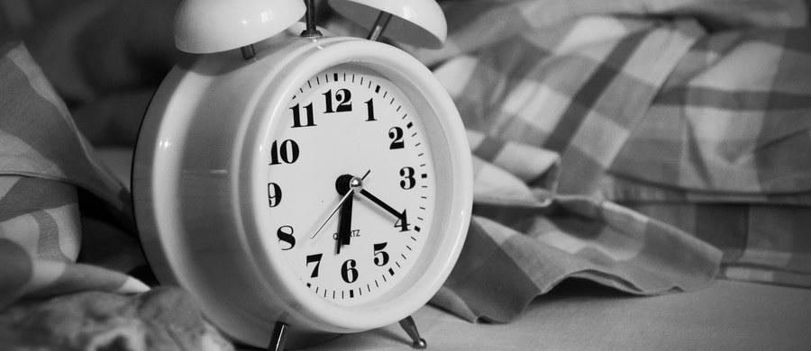 Amerykańskie Centrum Kontroli Chorób i Prewencji zakwalifikowało zaburzenia snu jako epidemię zagrażającą zdrowiu publicznemu. To coraz powszechniejszy problem, który nasila się wraz z wiekiem.
