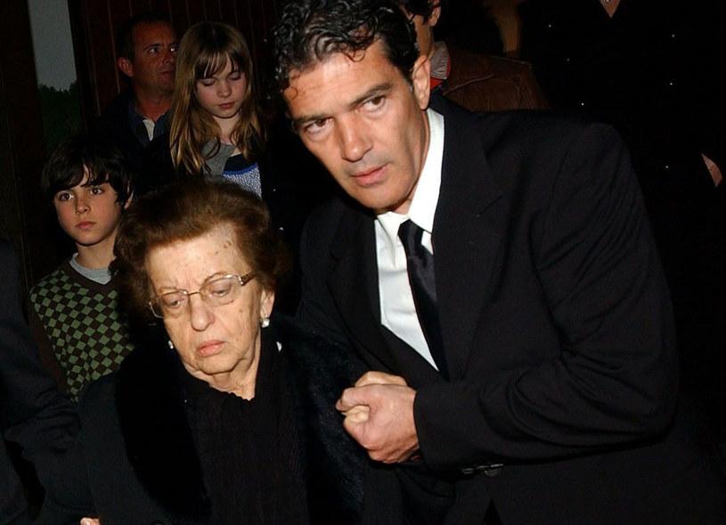 Hiszpański aktor Antonio Banderas pożegnał na Twitterze swoją mamę, która zmarła 4 listopada.