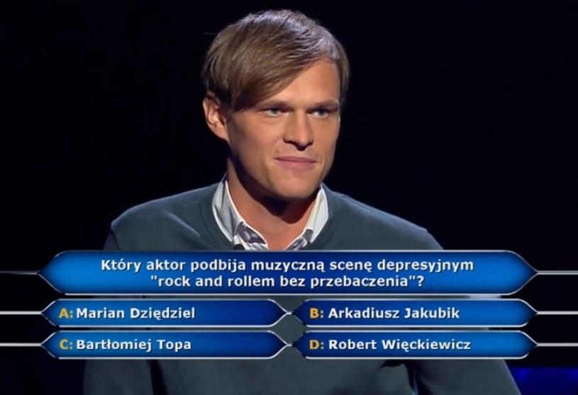 """W środowym (8 listopada) odcinku """"Milionerów"""" padło pytanie warte pół miliona złotych. Chodziło o znanego polskiego aktora, który udziela się w zespole Dr Misio. Znalibyście odpowiedź?"""