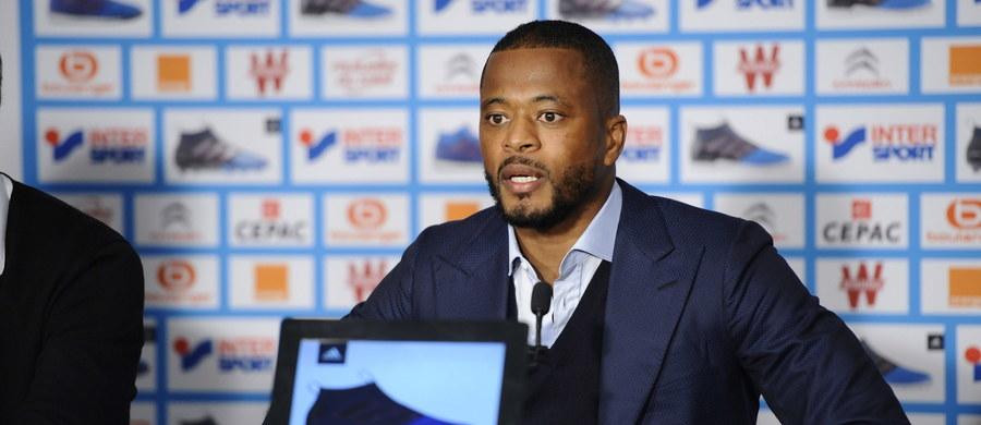 Komisja Dyscyplinarna UEFA zawiesiła francuskiego piłkarza Olympique Marsylia Patrice Evrę do 30 czerwca 2018 z występów w europejskich rozgrywkach. To kara za kopnięcie w twarz kibica przed meczem z Vitorią Guimaraes (0:1) w 4. kolejce fazy grupowej Ligi Europejskiej.