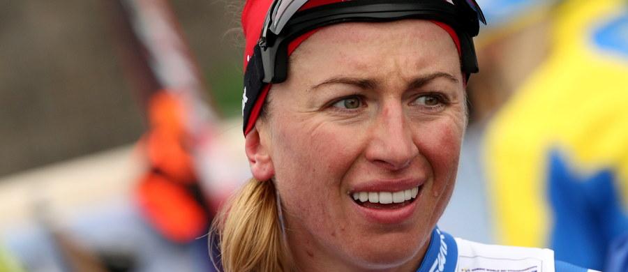Justyna Kowalczyk zajęła trzecie miejsce w biegu narciarskim na 5 km techniką klasyczną w zawodach Pucharu FIS w fińskim Muonio. Zwyciężyła reprezentantka gospodarzy Krista Parmakoski, a druga była Rosjanka Natalia Niepriajewa.