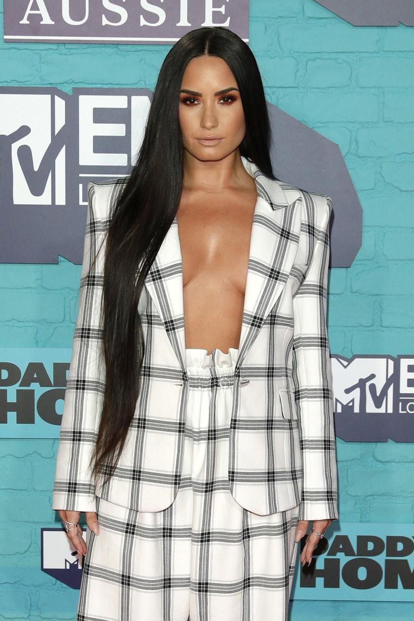 Demi Lovato nagrała utwór z Luisem Fonsim. Jego fragment można usłyszeć na profilu wokalistki na Instagramie.