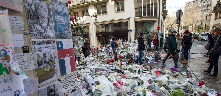 """Trzy osoby zostały zatrzymane we Francji w ramach śledztwa dotyczącego zamachów terrorystycznych ze stycznia 2015 roku na redakcję satyrycznej gazety """"Charlie Hebdo"""" i koszerny supermarket w Paryżu – podała agencja EFE, powołując się na źródła sądowe."""