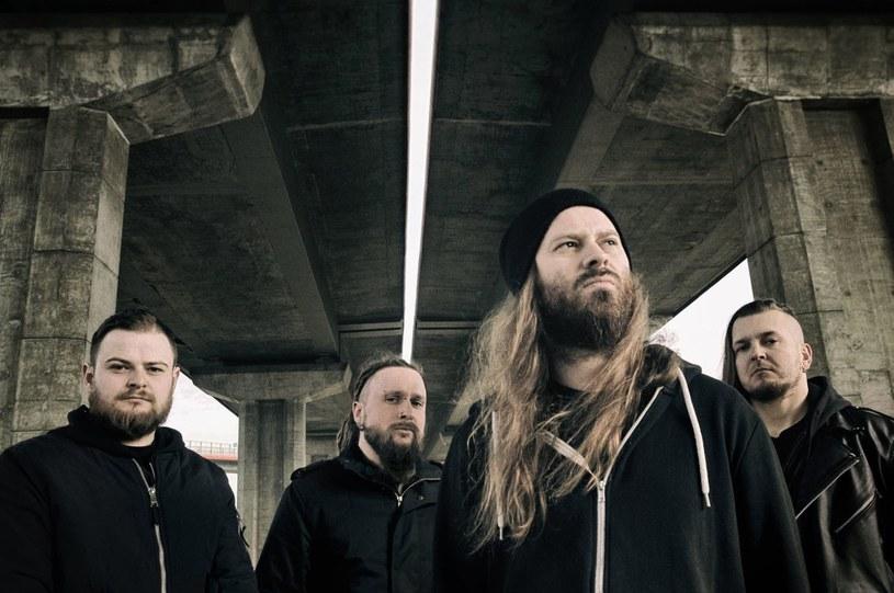 Zeznania gitarzysty Thy Art Is Murder pomogły w zwolnieniu z aresztu muzyków polskiej deathmetalowej grupy Decapitated, którzy zostali oskarżeni m.in. o zgwałcenie fanki.