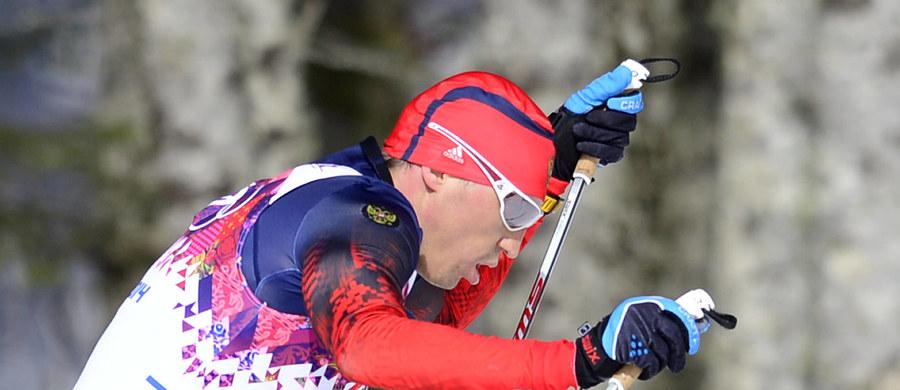 Sześcioro rosyjskich biegaczy, dożywotnio wykluczonych z igrzysk przez Międzynarodowy Komitet Olimpijski z powodu złamania przepisów dopingowych, może tymczasowo startować w zawodach Pucharu Świata - poinformowała Międzynarodowa Federacja Narciarska (FIS).