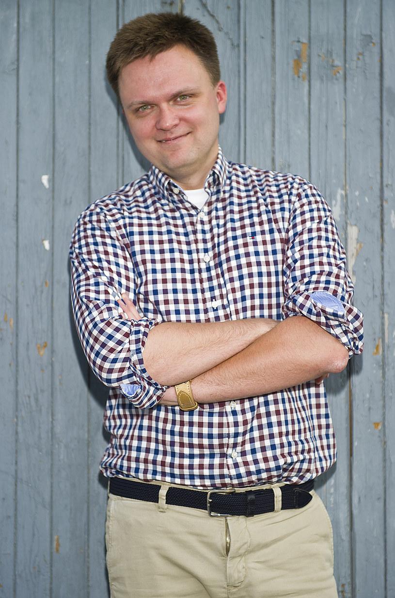 """Niedoszły zakonnik, dziennikarz, pisarz. Szymon Hołownia opowiada o swoich faworytach w """"Mam talent!"""", pracy na drugim końcu świata i nowych planach."""