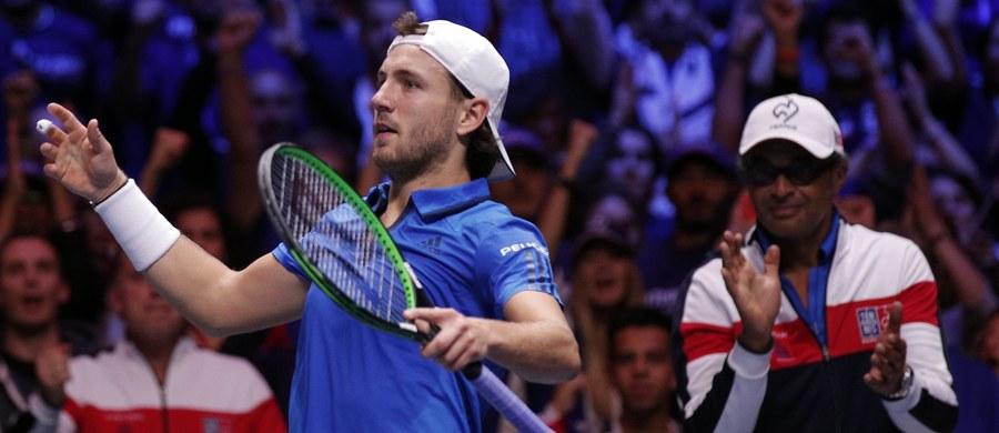 """Francuscy tenisiści po raz dziesiąty wywalczyli Puchar Davisa. """"Trójkolorowi"""" wygrali na stadionie piłkarskim w Lille z Belgami 3:2 w finale Grupy Światowej."""