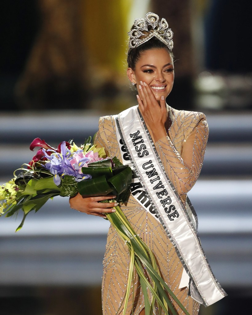 ♔ The Official Thread of MISS UNIVERSE® 2017 Demi-Leigh Nel-Peters of South Africa ♔ 00070TLSQGYJSEMV-C322