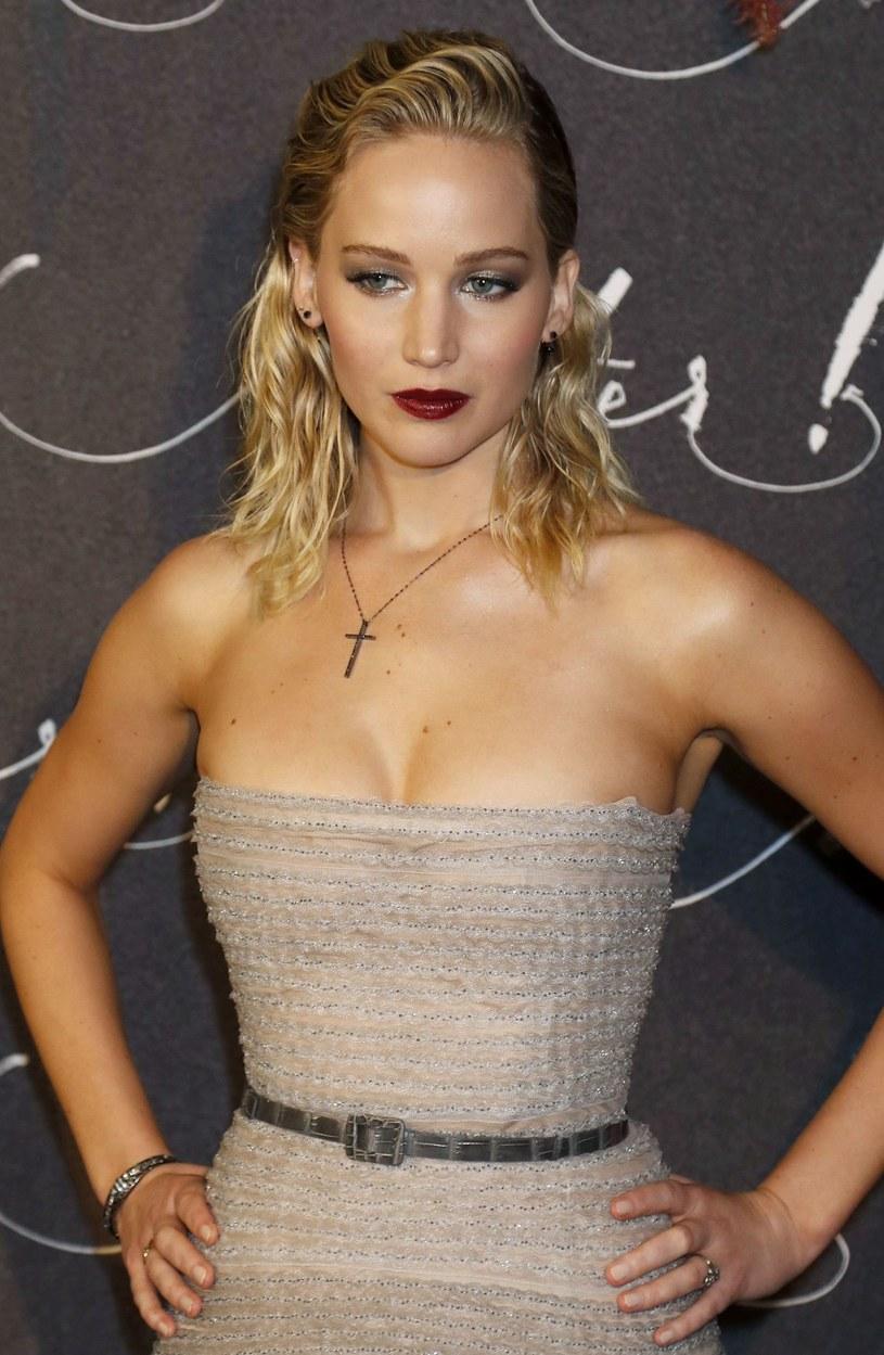 """Jennifer Lawrence planuje odpocząć od aktorstwa. O planach tymczasowej przerwy 27-latka opowiedziała w rozmowie z magazynem """"Elle""""."""