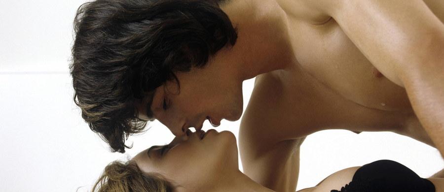 Niektórzy uważają, że seks jest rodzajem aktywności, który może odegrać ważną rolę w… odchudzaniu! Co więcej, badania naukowe potwierdzają te przypuszczenia i udowadniają, że z otyłością można walczyć w łóżku!