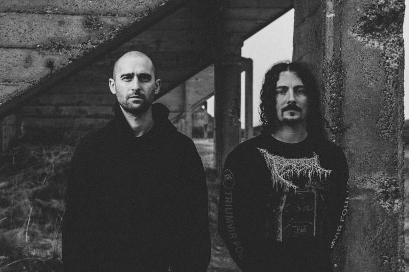Pochodzący z Seattle duet Bell Witch zagra w kwietniu 2018 roku trzy koncerty w naszym kraju.