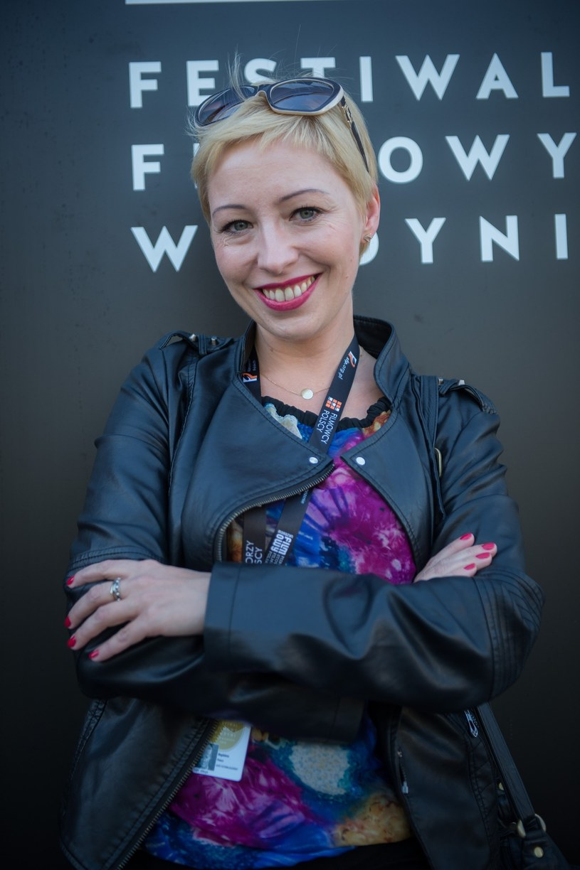 """Magdalena Piekorz, reżyserka filmów """"Pręgi"""", """"Senność"""" i """"Zbliżenia"""", potrzebuje pomocy. Artystka od dwóch lat zmaga się z przewlekłą boreliozą."""