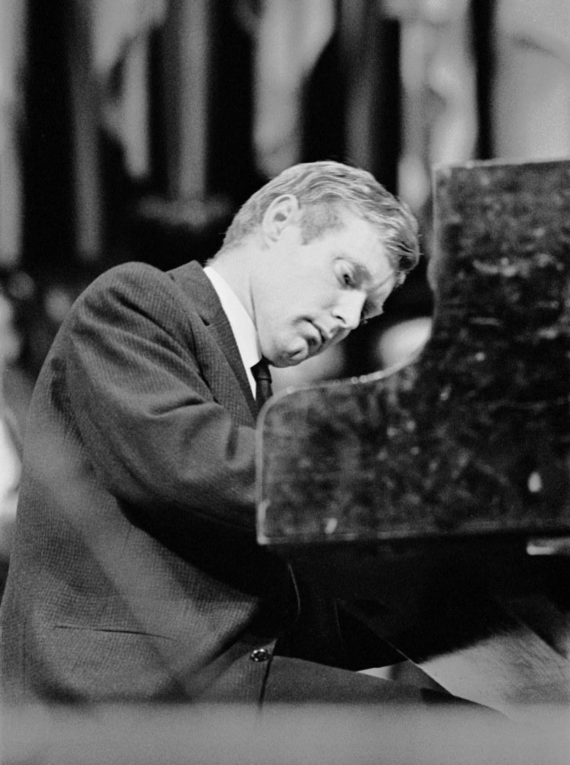 - Mówią o mnie kompozytor filmowy, ale ja zawsze będę przede wszystkim jazzmanem – zastrzegał Krzysztof Trzciński, którego cały świat zna jako Komedę. Jego muzyką zachwyciło się Hollywood, a karierę przerwała przedwczesna śmierć.