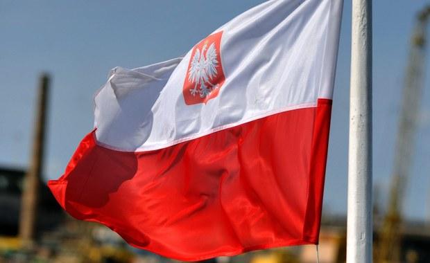 To hasło podpowiadam Prezydentowi RP w związku z rozpoczynającymi się właśnie obchodami 100. rocznicy odzyskania przez Polskę niepodległości.
