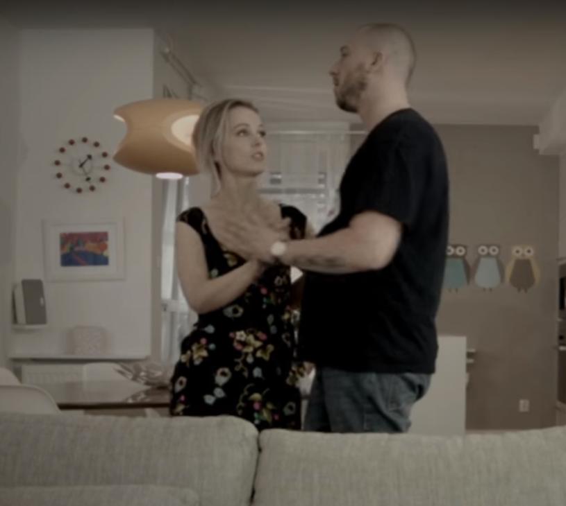 """Poniżej możecie zobaczyć teledysk """"We dwoje"""" promujący płytę """"Mój dom"""" Korteza."""