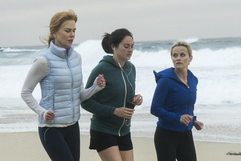 """Na początku tygodnia produkcja HBO """"Wielkie kłamstewka"""" otrzymała aż sześć nominacji do Złotych Globów, teraz stacja musi tłumaczyć się z kategorii, w jakiej zgłosiła do nagród swój serial."""