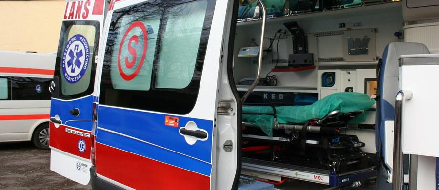 Do ośmiu wzrosła liczba poszkodowanych w wypadku w Katowicach Murckach. Bus przewożący dzieci w wieku od 14 do 15 lat zderzył się tam czołowo z minivanem.