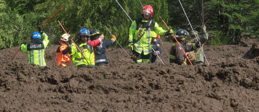 Co najmniej 11 osób zginęło, 12 zostało rannych, a kolejne 15 zostało uznanych za zaginione po sobotnim osunięciu ziemi na południu Chile. To najnowsze dane przekazane przez resort spraw wewnętrznych tego kraju.