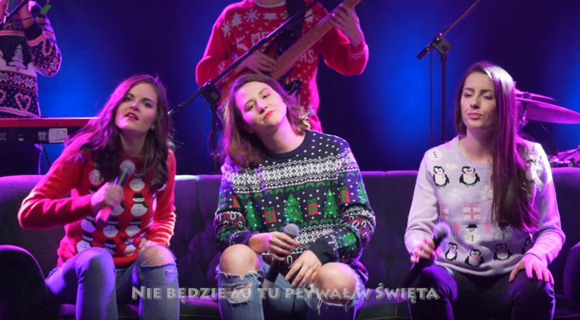 Sprawdźcie świąteczny miks przebojów w wykonaniu grupy Frele.
