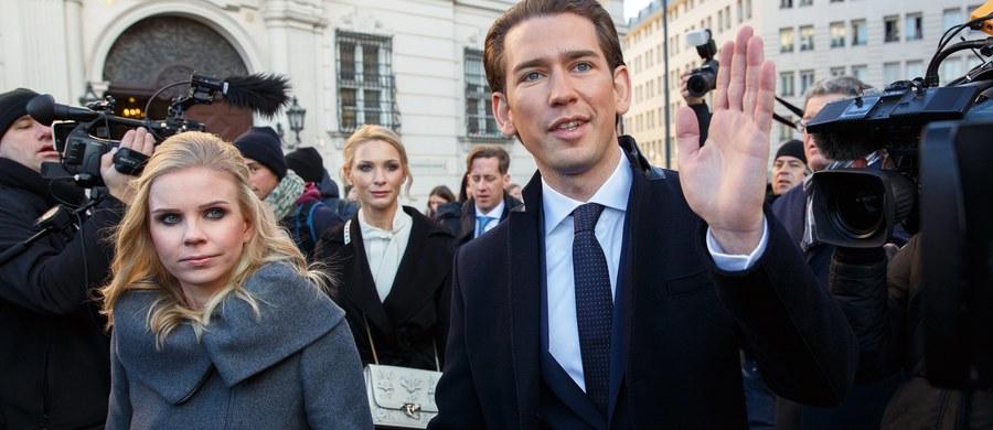 Sebastian Kurz został zaprzysiężony na kanclerza Austrii. 31-letni były minister spraw zagranicznych Austrii jest najmłodszym szefem rządu w Europie. Będzie kierował koalicją prawicowej OeVP z prawicowo-populistyczną FPOe.