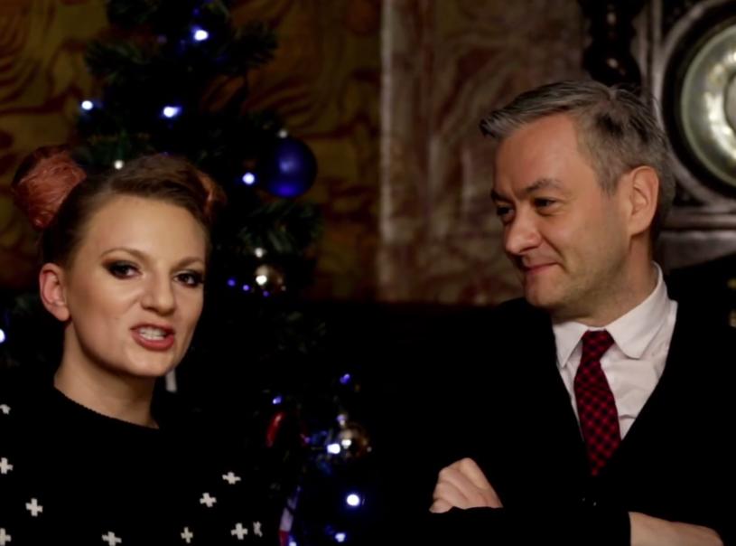 Poniżej możecie zobaczyć świąteczny teledysk z udziałem utalentowanych mieszkańców Słupska. Autorem piosenki jest mieszkanka tego miasta - Sarsa.