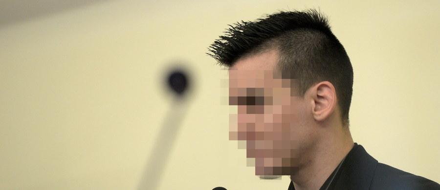 Krakowski Sąd Apelacyjny utrzymał w mocy wyrok 25 lat pozbawienia wolności dla 29-letniego Piotra K., oskarżonego m.in. o zabójstwo w 2007 r. kibica Korony Kielce. Sąd uznał, że wyrok jest słuszny i sprawiedliwy.