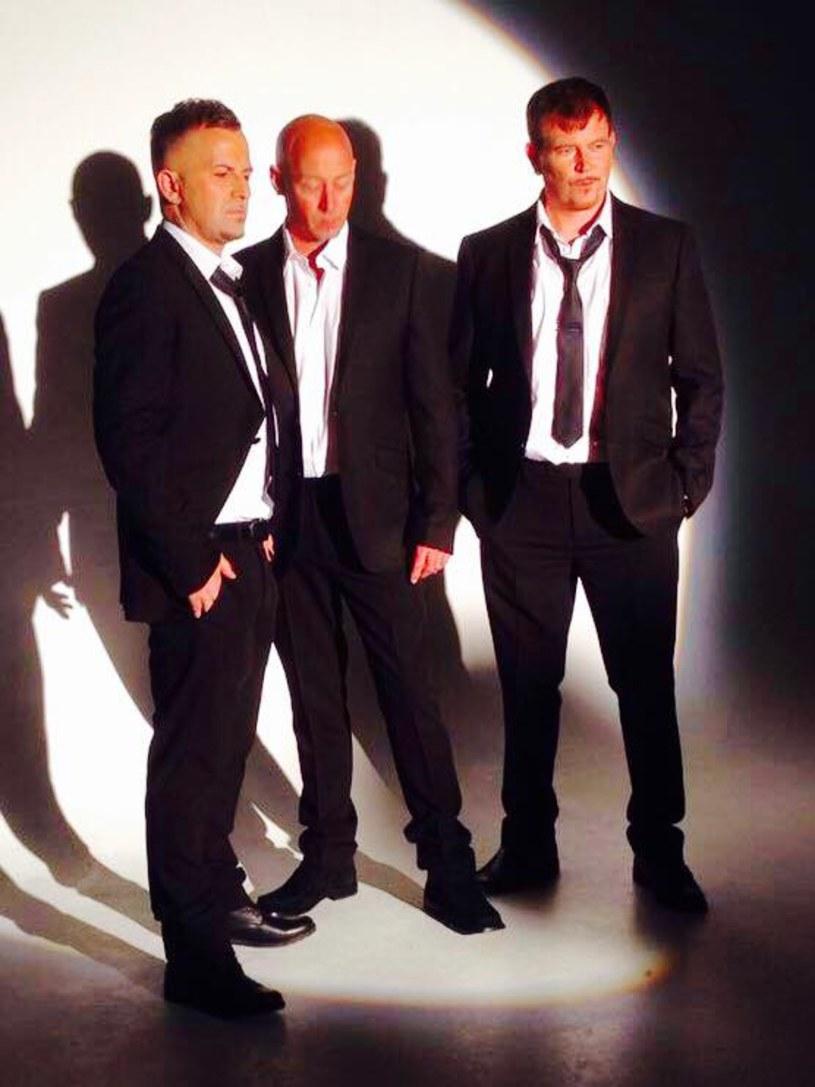 Brytyjski boysband East 17, który w latach 90. niewiele ustępował popularnością grupie Take That, będzie jedną z gwiazd przyszłorocznej edycji 90' Festival, która odbędzie się 21 lipca 2018 r. w Dolinie Trzech Stawów w Katowicach.