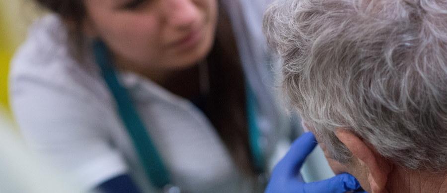 Brak lekarzy, którzy rezygnują z dodatkowych dyżurów. Los ministra zdrowia cały czas wiszący na włosku, nowe kontrakty i pilotaż nowych rozwiązań w podstawowej opiece zdrowotnej. Tak będzie wyglądać nowy 2018 rok w służbie zdrowia.