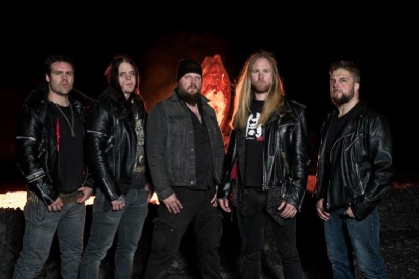 Zasłużona formacja The Crown ze Szwecji zarejestrowała nową płytę.