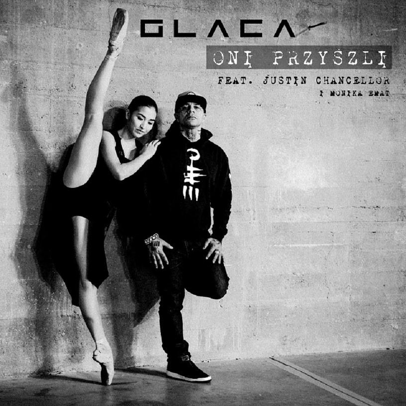 """Znany z zespołów i projektów Sweet Noise, My Riot, M.T. Void i Serce wokalista Glaca szykuje debiutancki album solowy. Jego zapowiedzią będzie singel """"Oni przyszli""""."""