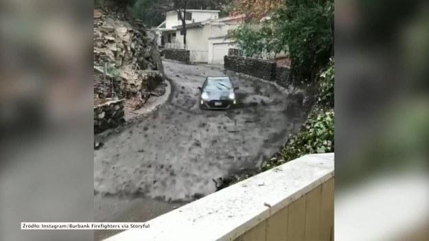Ulewne opady deszczu w Kalifornii spowodowały powstawanie lawin błotnych, z których duża część schodziła lokalnymi drogami. Jedna z nich porwała w Burbank samochód z kierowcą w środku. Na szczęście kierujący zachował zimną krew i zdołał wyjść z całej sytuacji bez szwanku. (STORYFUL/x-news)