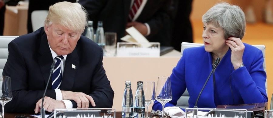 """""""Chcą, żebym przeciął wstęgę? Nic z tego"""" - takim wpisem na Twitterze amerykański prezydent Donald Trump odwołał zapowiedzianą na luty wizytę w Wielkiej Brytanii. Oficjalnym powodem przyjazdu miało być uroczyste otwarcie nowego budynku ambasady, jaki powstał w Londynie za sumę ponad miliarda dolarów."""