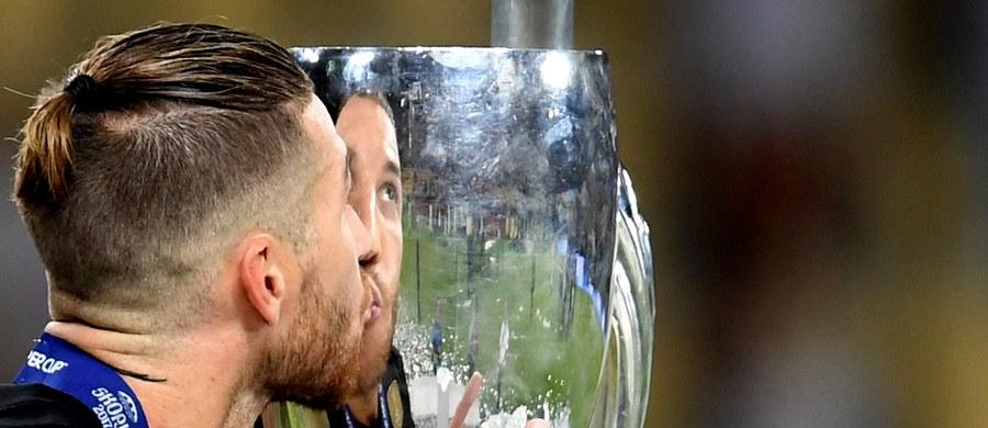 Dziewięć miast wyraziło chęć organizacji meczu o Superpuchar UEFA - poinformowała w poniedziałek Europejska Unia Piłkarska. Wśród kandydatów są: Tirana, Mińsk, Helsinki, Nicea, Hajfa, Ałmaty, Kiszyniów, Belfast i Porto.