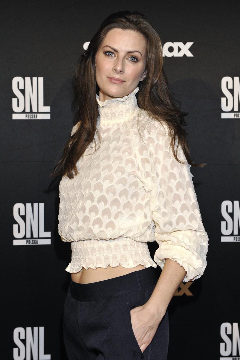 """""""Generalnie nie jestem smutną osobą, dowcip mam raczej na odpowiednim miejscu"""" - mówi o sobie Laura Breszka. Aktorka znana m.in. z serialu Singielka"""" czy polskiej edycji show """"Saturday Night Live"""" w czwartek, 18 stycznia, świętuje 30. urodziny."""