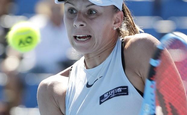 Magda Linette i Zarina Dijas z Kazachstanu wygrały w Melbourne z reprezentantkami gospodarzy Naikthą Bains i Isabelle Wallace 6:3, 6:2 w pierwszej rundzie debla w wielkoszlemowym turnieju tenisowym Australian Open. O awans do 1/8 finału gry podwójnej powalczą z rozstawionymi z numerem 16. Czeszkami Kateriną Siniakovą i Barborą Krejcikovą.
