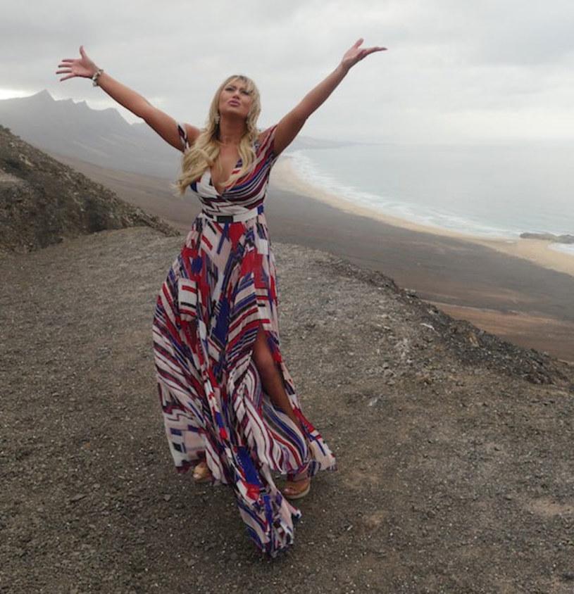 """Finalistka dziewiątej edycji """"Must Be The Music"""" Justyna Sawicka zgłosiła swoją piosenkę """"Niezgoda"""" do polskich preselekcji na Eurowizję."""