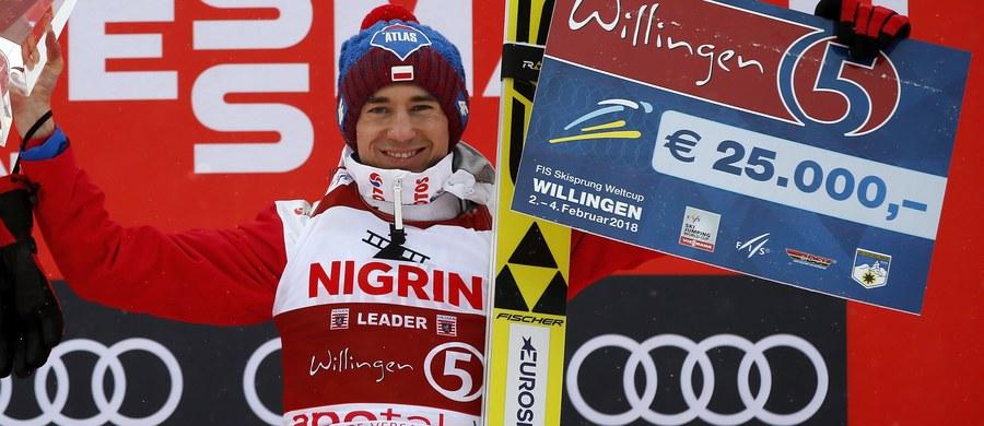 Kamil Stoch po udanych występach w konkursach w Niemczech i triumfie w klasyfikacji generalnej turnieju Willingen Five prowadzi na liście najlepiej zarabiających skoczków Pucharu Świata. Po 20 z 31 zawodów ma 104 300 franków szwajcarskich (ok. 375 500 tys. zł).
