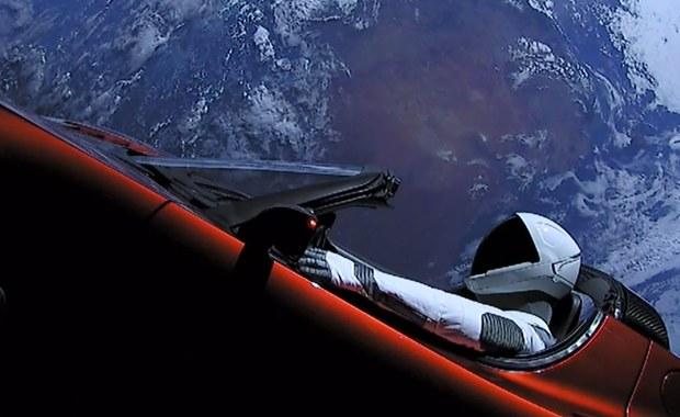 Polski programista Tomasz Czajka pracował na systemami sterowania firmy SpaceX, która wystrzeliła we wtorek w kosmos najpotężniejszą na świecie rakietę - Falcon Heavy - informuje na swojej stronie internetowej Polskie Towarzystwo Informatyczne.