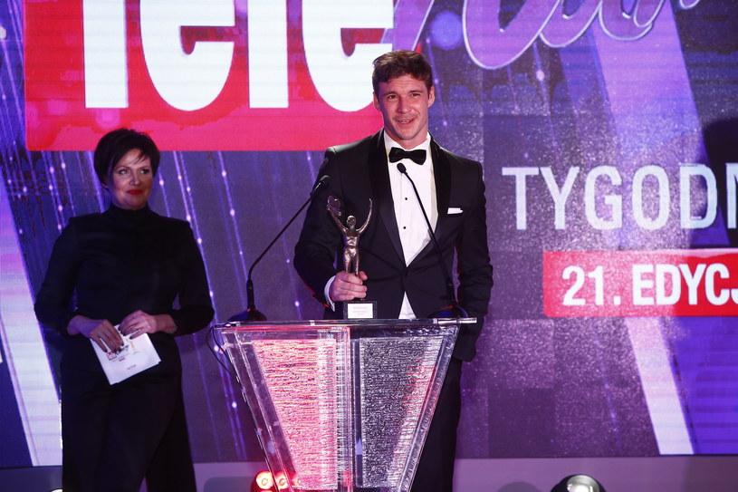 """Maja Ostaszewska i Mikołaj Roznerski otrzymali aktorskie Telekamery """"Tele Tygodnia""""."""