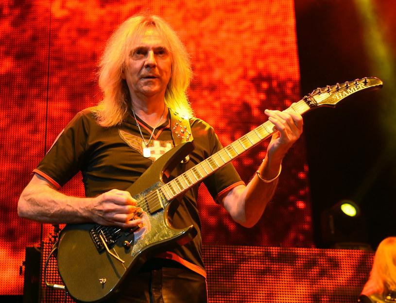 Gitarzysta Judas Priest, Glenn Tipton, ogłosił, że rezygnuje z udziału w trasie koncertowej z zespołem. Powodem jest zdiagnozowana u niego choroba Parkinsona.