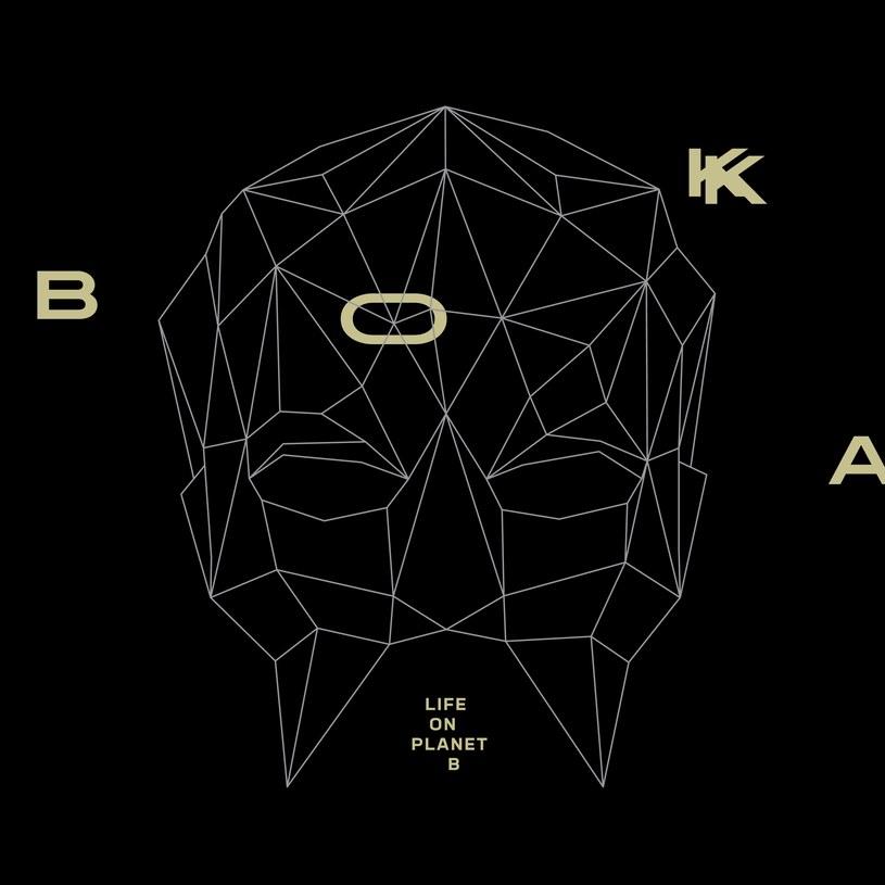 """Trzeci album tajemniczej BOKKI zatytułowany """"Life On Planet B"""" ukaże się 20 kwietnia."""