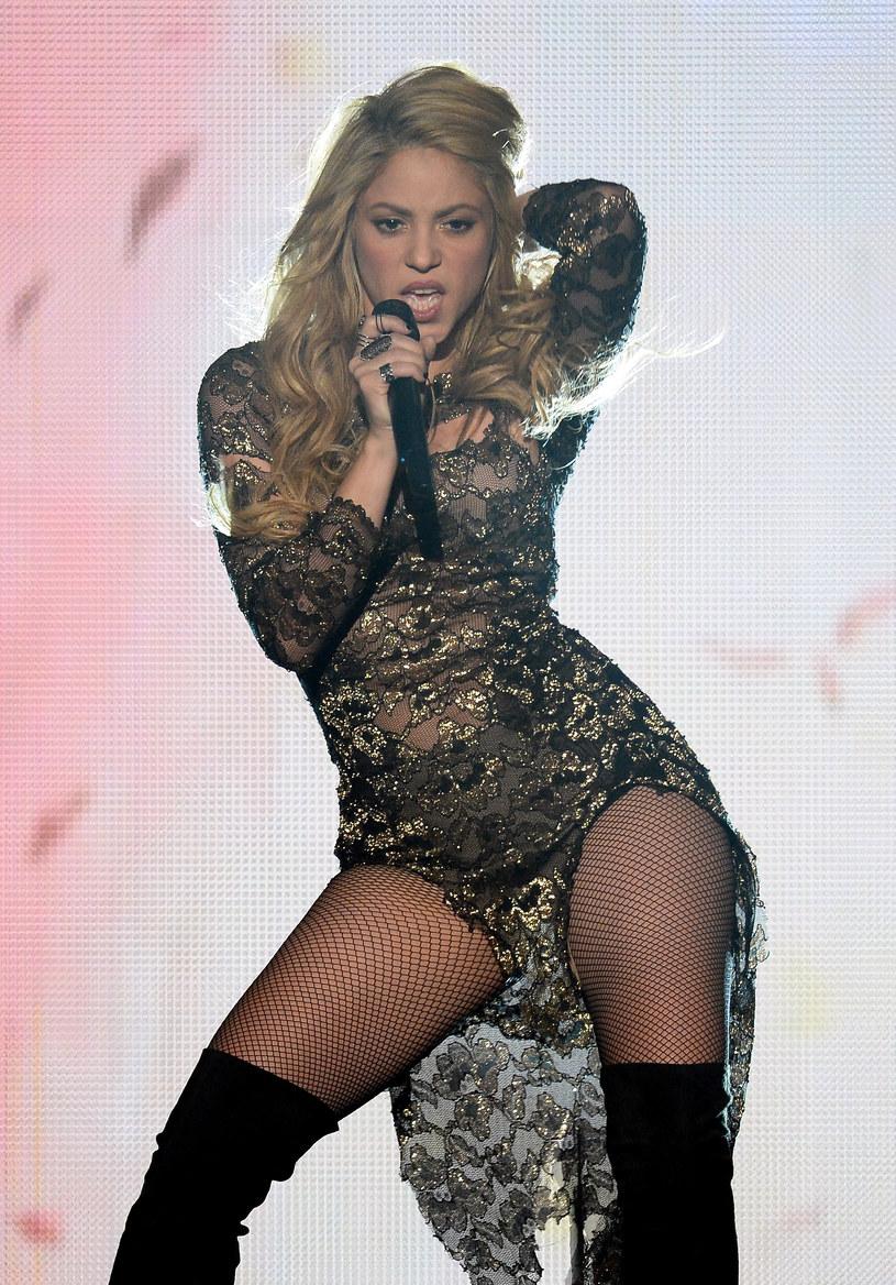 Fani pięknej Kolumbijki odetchnęli z ulgą. Wokalistka powoli wraca do zdrowia i testuje wokal przed trasą koncertową.