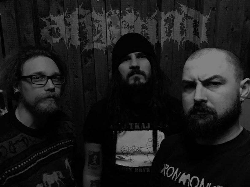 Grindcore'owe trio Afgrund podpisało stosowne dokumenty z Selfmadegod Records.