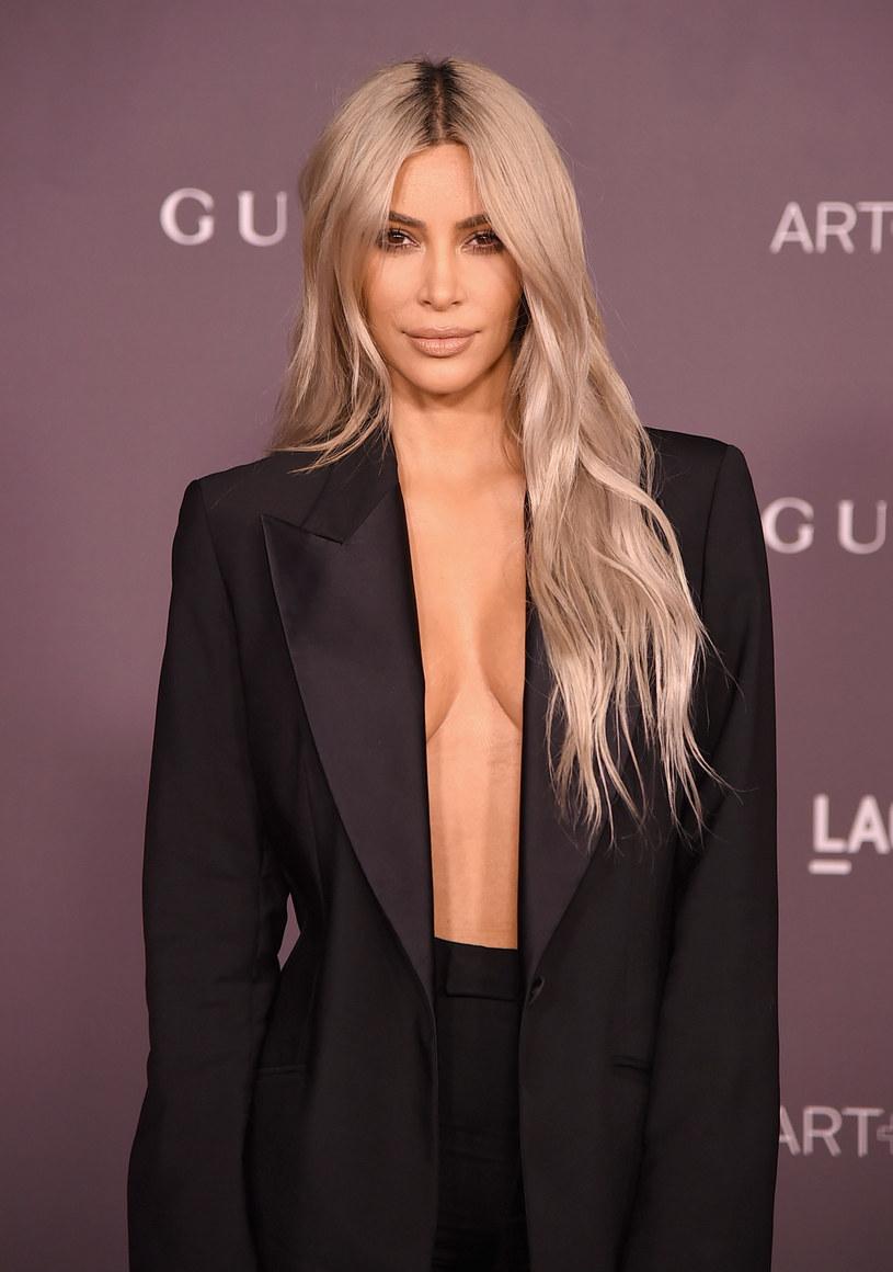 Kanye West powrócił na Instagrama, publikując walentynkową wiadomość do swojej żony, Kim Kardashian.