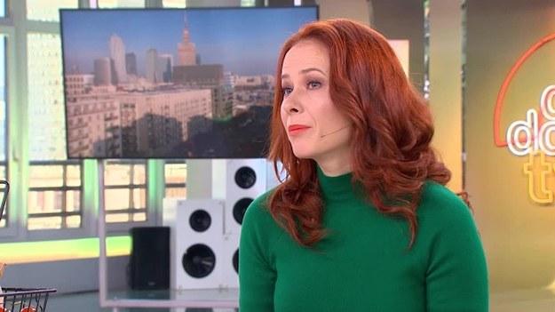 Dietetyk, Aneta Łańcuchowska przygotowała dwie propozycje całodziennego jadłospisu w dwóch opcjach: zdrowej i niezdrowej.