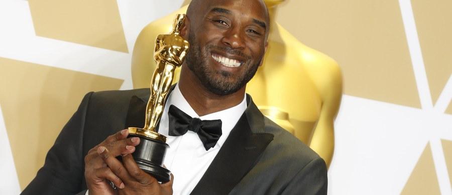 """Znakomity koszykarz zawodowej ligi NBA Kobe Bryant przeszedł do historii światowej kinematografii. Jego obraz """"Dear Basketball"""" otrzymał w Los Angeles Oscara w kategorii najlepszy krótkometrażowy film animowany."""